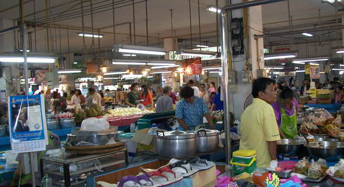Phitsanulok market-flip flops, slippers on display