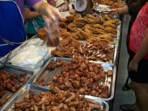 Phitsanulok market fried pork, fried chicken and fried fish